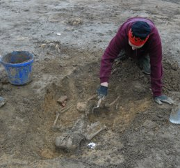 Excavation of a burial at Ebrington